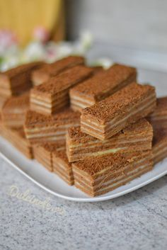 French Pastries, Food Cakes, Rum, Waffles, Cake Recipes, Food And Drink, Ice Cream, Backyard, Sweets