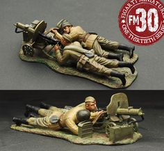World War II Russian Army EFR-015 Maxim Machine Gun Team - Made by Figarti Military Miniatures and Models. Factory made, hand assembled, painted and boxed in a padded decorative box. Excellent gift for the enthusiast.