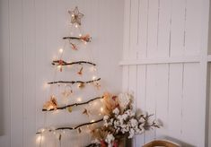 It's that time again! Time for another branch Christmas tree. Make this practical, sustainable and pretty Christmas tree for your home this holiday! Pretty Christmas Trees, Christmas Is Coming, Christmas Crafts, Christmas Decorations, Ugly Xmas Sweater, Tree Branches, Mason Jars, Diy Projects, Diy Crafts