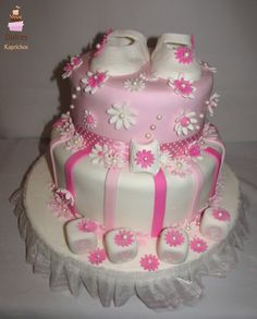 Torta Baby Shower niñita #TortaBabyShower #TortasDecoradas #DulcesKaprichos