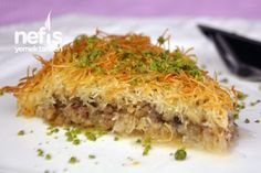 Kadayif Dessert Recipe on a Tray - Dinner Recipe Greek Cooking, Cooking Time, Cooking Recipes, Turkish Recipes, Italian Recipes, Ethnic Recipes, Turkish Sweets, Turkish Kitchen, Latte