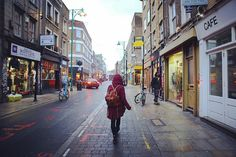 Brick Lane - meine liebste Straße Londons! [Strolling (as always) through Brick Lane...] #saturdayblues #bricklane #shoreditch #inlovewithlondon #London #UK #England #collectmomentsnotthings #maraerobertdiewelt #PDL #bestjob #maraontour #neverendingholiday #praktikumdeineslebens #urlaubsguru #travelaroundtheworld #holidayguru #travelbug #guruontour #itchyfeet by urlaubsguru