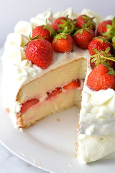 Easy strawberry layer cake recipe made from scratch! White cake with buttercream frosting, this is perfect for Canada Day, Valentine's Day or any other special occasion. Strawberry Layer Cakes, Strawberry Shortcake Recipes, White Cake With Strawberry Filling Recipe, Layer Cake Recipes, Dessert Recipes, Yummy Recipes, Delicious Desserts, Cooking Recipes, Mothers Day Cake