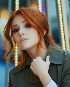 The best beutiful actores in tureký Turkish Women Beautiful, Beautiful Red Hair, Turkish Beauty, Beautiful Girl Image, Pretty Blonde Girls, Gorgeous Redhead, Perfect Redhead, Girls With Red Hair, Red Hair Woman