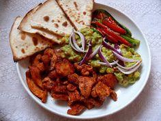 Vöröskaktusz diétázik: Mexikói fajitas tál Fajitas, Guacamole, Salsa, Lime, Meat, Chicken, Food, Cilantro, Red Peppers