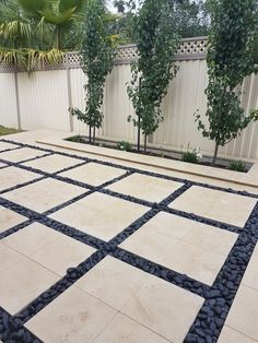 Paving lights between pavers Ornamental Pear Black Pebbles Pebble Patio, Pebble Landscaping, Pebble Garden, Garden Tiles, Patio Tiles, Outdoor Landscaping, Landscaping Design, Backyard Pool Designs, Backyard Garden Design