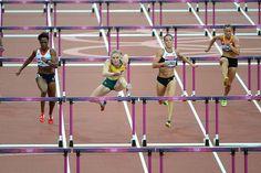 Sally Pearson wins her 100m hurdles semi-final.