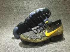 NIKE AIR VAPORMAX FLYKNIT LITE BLACK YELLOW NOIR849558 006 Nike Air Vapormax, Mens Nike Air, Ankle Shoes, Kicks Shoes, Shoes Sneakers, Sneakers Fashion, Baskets, Mens Running, Superior Quality