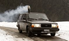 Awesome Swiss dude installs a wood-burning stove in his 1990 Volvo. And you thought old Volvo station wagons aren't hot :P