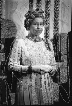 FRANCOIS-MARIE BANIER  LA REINE ELISABETH II, JUIN 1992