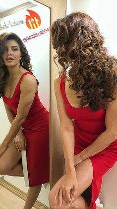 Bollywood Actress Hot Photos, Indian Actress Hot Pics, Indian Bollywood Actress, Beautiful Bollywood Actress, Most Beautiful Indian Actress, Bollywood Celebrities, Beautiful Actresses, Hindi Actress, Bollywood Saree