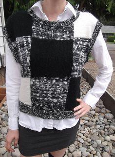 RETRO SWEATER VEST 1980's Black Grey Check Size Petite