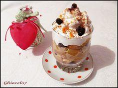 Desert la pahar cu crema de cafea Panna Cotta, Pudding, Ethnic Recipes, Desserts, Food, Tailgate Desserts, Dulce De Leche, Deserts, Custard Pudding