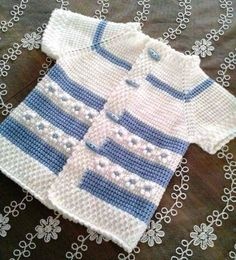 Tunisien Daisy Crochet Blue White Vest Making - Lilly is Love Baby Knitting Patterns, Baby Patterns, Doll Patterns, Crochet Baby Sweaters, Wool Embroidery, Tunisian Crochet, Baby Cardigan, Crochet For Kids, Baby Booties