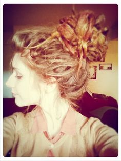 dreads #updo  I think I could do this some day!! <33 Loveeee