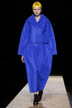 Comme des Garcons Ready To Wear Fall Winter 2012 Paris - NOWFASHION