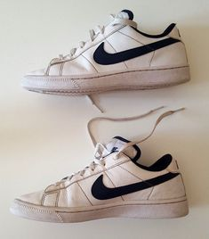 best service 677c3 8a32b Nike Tennis Classic Unisex Shoe Trainers White Obsidian Navy Blue Size 4   36.5 886059759232