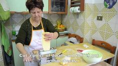 Homemade Ravioli Italian style – Italian Cook Mamma Anna Maria This is a traditional Holiday Style (with sugar) Ravioli Recipe from Abruzzi (from scratch) explained in Italian with English Subtitles. This clip will not only help you make this wonderful recipe but will enable you to brush up on your Italian in so doing. Isn't …