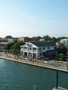 Beaufort, NC - The Dockhouse Restaurant is a waterfront hangout offering a casual seafood menu & live entertainment.