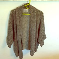 Zara knit oversized sweater Worn a few times. Still in great condition! A couple very minor snags but not anything noticeable while wearing. Always got compliments on this! :) Zara Sweaters