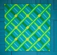 Crosshatch quilt, designed by Empty Bobbin Sewing Studio.