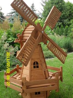 Figurenland-Herborn, Herborn-Burg Luxury Home Furniture, Rustic Furniture, Outdoor Furniture, Modern Furniture, Lawn Chairs, Outdoor Chairs, Outdoor Decor, Wooden Windmill, Wood Pallet Recycling