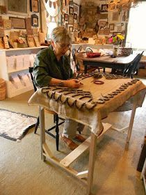 Ok I Couldn T Hold Out Any Longer Had To Share This With You Peter Has Been Making A Floor Model Frame For Us Rug S