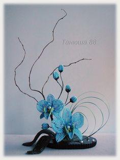 biser.info_42185_ikebana-golubaja-orkha_1405711757.jpg (1200×1600)