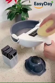 Perfect for the people who fancy themselves culinary pros, this versatile, Smart Chopping and Strainer Bowl comes with a unique straining feature that allows you to slice and clean your vegetables all in one bowl Smart Kitchen, Cool Kitchen Gadgets, Kitchen Items, Cool Gadgets, Cool Kitchens, Cooking Gadgets, Cooking Tools, Cooking Time, Oven Cooking