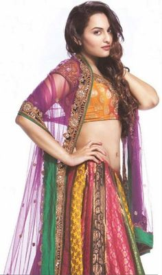 Hot sexy Sonakshi Sinha Navel Show, Sonakshi Sinha Belly Show, Sonakshi Sinha Latest Navel Photos-6 kollywood-tollywood-bollywood heroine actress