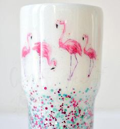 Let's Be Flamingos! Flamingo themed Stainless Steel Insulated Tumbler with white & chunky glit Flamingo Gifts, Flamingo Decor, Pink Flamingos, Glitter Cups, Glitter Tumblers, Diy Tumblr, Tumbler Designs, Custom Tumblers, Diy Crafts