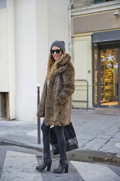 I love boots and coat :) One day in Paris   stellawantstodie