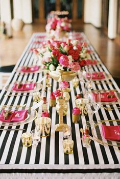 Black and white and pink tablescape- cute for bridal shower