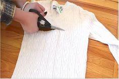 elvágja a régi pulóvert
