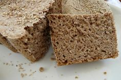 Four things you should know about whole wheat grain breads before you buy them. Gluten Free Recipes, Bread Recipes, Baking Recipes, Healthy Recipes, Healthy Foods, Pan Sin Gluten, Sans Gluten, Proof Of The Pudding, Sustainable Food