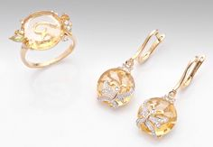 18k Yellow Gold Citrine and Diamond Drop Earrings and Pendant Set.