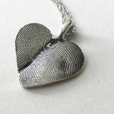 Fingerprint Heart Necklace.  so cute for couples or to make with your kid's prints.
