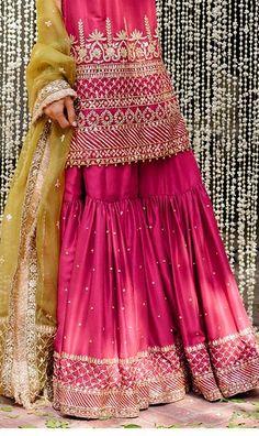 Shadi Dresses, Pakistani Formal Dresses, Pakistani Wedding Outfits, Pakistani Bridal Dresses, Pakistani Dress Design, Bridal Outfits, Indian Dresses, Pakistani Gharara, Red Lehenga
