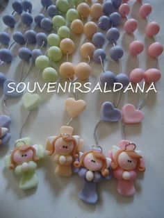 Risultati immagini per virgencitas y angeles en porcelana fria Fimo Clay, Polymer Clay Jewelry, Cute Crafts, Diy Crafts, Baptism Cookies, Polymer Project, Clay Baby, Infant Loss, Clay Ornaments