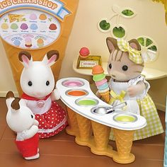 Sylvanian Families - Seaside Ice Cream Shop - New in 2016 - from who what why
