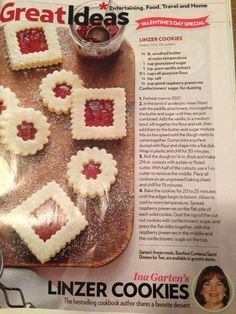 Linzer Cookies, Thumbprint Cookies Recipe, Jam Cookies, Cupcake Cookies, Kiss Cookies, Yummy Treats, Delicious Desserts, Sweet Treats, Christmas Cooking