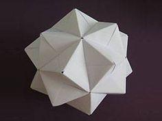 Papier-Highlight: Origami-Lampen zum Selbermachen