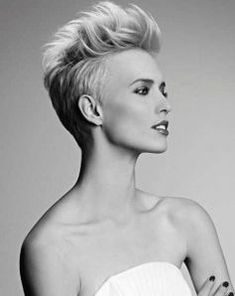 As pixie hairstyles are in trend so almost everyone wants it but they also want a unique look. Here are few different pixie hairstyles which you can try: Funky Short Haircuts, Long Face Haircuts, Haircut Short, Mohawk Hairstyles For Women, Pixie Hairstyles, Pixie Haircuts, Wedding Hairstyles, Celebrity Hairstyles, Sassy Hair