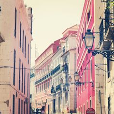 fjellby: COLOURS OF LISBON
