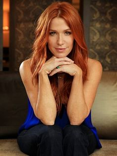 Poppy Montgomery as Carrie Wells Poppy Montgomery Hair, Wells, Carrie, Red Headed League, Poppy Photo, Jackson, Natural Redhead, Natural Beauty, Gorgeous Redhead