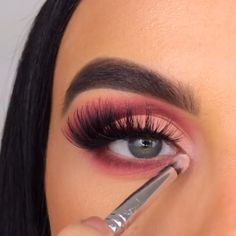 makeup for women: Women's Fashion Doll Eye Makeup, Makeup Eye Looks, Eye Makeup Steps, Eye Makeup Art, Beautiful Eye Makeup, Smokey Eye Makeup, Eyeshadow Makeup, Makeup Eyes, Creative Eye Makeup