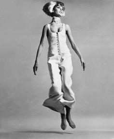 Richard Avedon photography | Richard Avedon, Jean Shrimpton, jumpsuit by Courreges, Paris, January ...