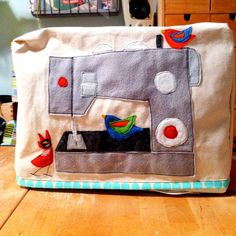 Items similar to Made to Order Felt Applique Birdie Bird Sewing Machine COver on Etsy