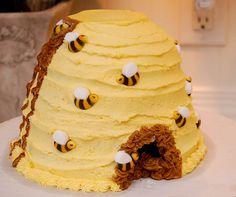 Beehive cake!
