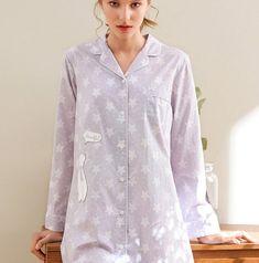 Chemise de nuit violette pour femme    59,90€    Disponible en taille S-M-L-XL    #cocooning #home #cotton #coton #purple #violet #fashion #mode #peignoir #pajamas #pyjamas #femme #vetements